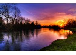 108997,地球,日落,彩色,天空,湖,反射,树,壁纸