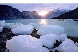 84068,地球,冬天的,冰,山,水,壁纸图片