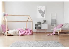 粉色系列儿童玩具房装潢设计