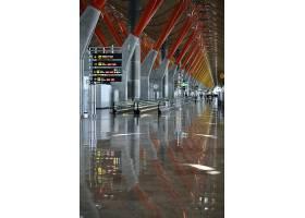 雨天飞机场