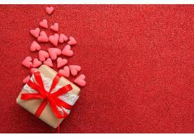 红色背景与礼物
