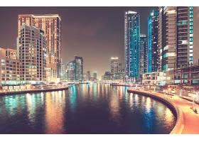 城市河道夜景