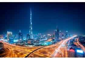 城市交叉口夜景
