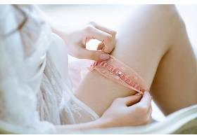 粉色蕾丝袜性感美女