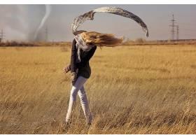 人,龙卷风,有风,风,领域,围巾,美女,金发41926