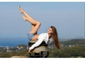 人,双腿向上,脚,黑发,短裤,腿,牛仔短裤,模特,美女,长发1427