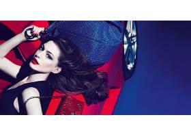 人,安妮・海瑟薇,时尚,黑发,汽车的美女,红唇膏,皮包,红色的汽车,
