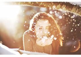 人,美女,户外的女人,面对,黑发,背景虚化,阳光,雪,闭着眼睛28620