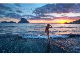 人,美女,海,日落,海滩,比基尼泳装,波浪,户外的女人,模特38282图片