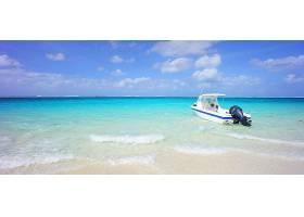 夏天海滩游轮背景图片