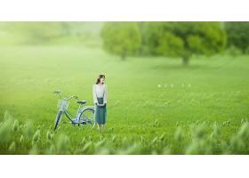 绿色年轻女子亲近大自然新鲜空气远离城市主题海报设计图片
