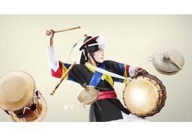 韩式民族服装与鼓舞蹈主题人物海报设计