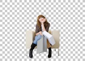 坐在沙发上休息的女性
