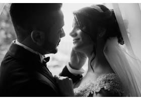 灰色婚纱摄影