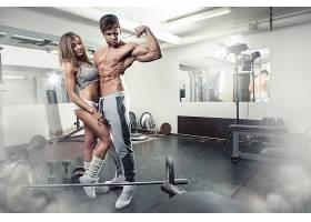 健身房情侣恋人