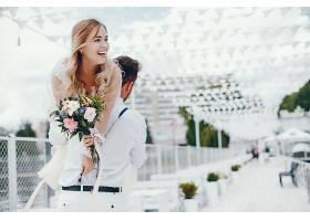 新式浪漫新人情侣婚纱照
