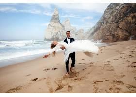 沙滩西式浪漫婚纱摄影写真图