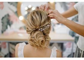 新娘发型头饰