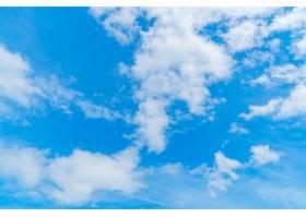 布满云彩的蓝天_98538101