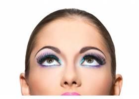 化妆五颜六色的漂亮女孩_6317413