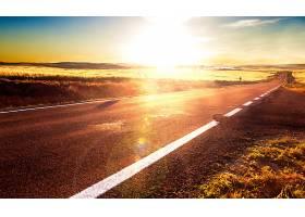 黄昏的公路
