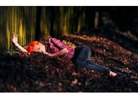 人,红发,美女,眼影,格子花呢,躺着,景深,户外的女人,闭着眼睛,Ale