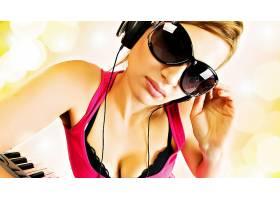 人,美女,墨镜,戴眼镜的美女,头戴耳机,面对25722