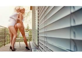 人,短剑,美女,金发,女用贴身内衣裤,屁股,高跟鞋,白色内裤,一对,