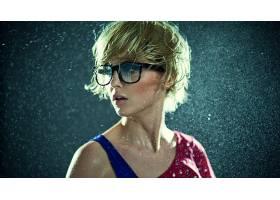 人,模特,简单的背景,美女,眼镜,戴眼镜的美女,水,湿的头发67736
