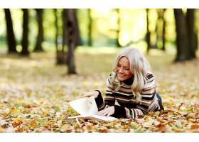 女人,情绪,风景,风景优美的,森林,秋天,人,叶子,书,壁纸,