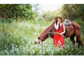 女人,亚洲的,妇女,女孩,马,草,帽子,红色,穿衣,模特,黑发女人,壁