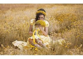 女人,模特,模特,妇女,女孩,情绪,黑发女人,花冠,黄色,花,领域,酒