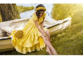 女人,模特,模特,妇女,女孩,情绪,黑发女人,酒香,黄色,花,花冠,黄