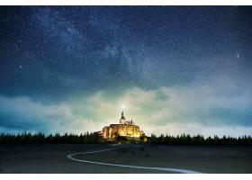 星空下的森林古典城堡主题海报模板设计