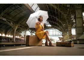 女人,模特,妇女,女孩,黑发女人,雨伞,手提箱,穿衣,壁纸,图片