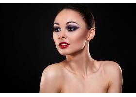 外国美女的时尚妆容