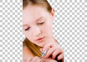 涂抹指甲的女性