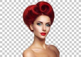 露肩红发女性