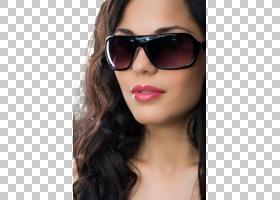 戴墨镜的气质女性