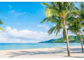 唯美阳光海边沙滩