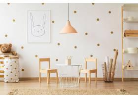北欧风时尚简洁儿童创作室设计