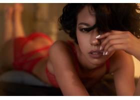 红色内衣气质魅惑女性