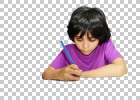 正在画画的黑发外国小男孩