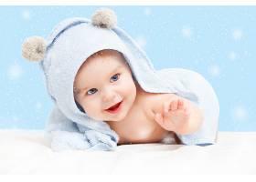 淡蓝色风格婴儿写真摄影
