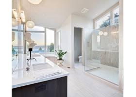 北欧风简洁浴室
