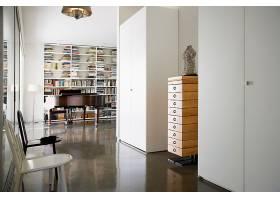 图书馆与钢琴