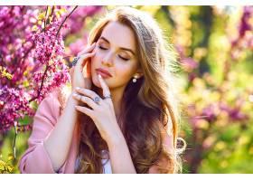 贴近时尚写真娇嫩优雅的美女大绿是的丰_985634801