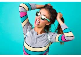 时尚生活方式写真快乐有趣的女人性感丰_1006831201