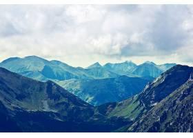 山地自然景观_125394701