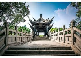 中国公园里的古桥_128394701